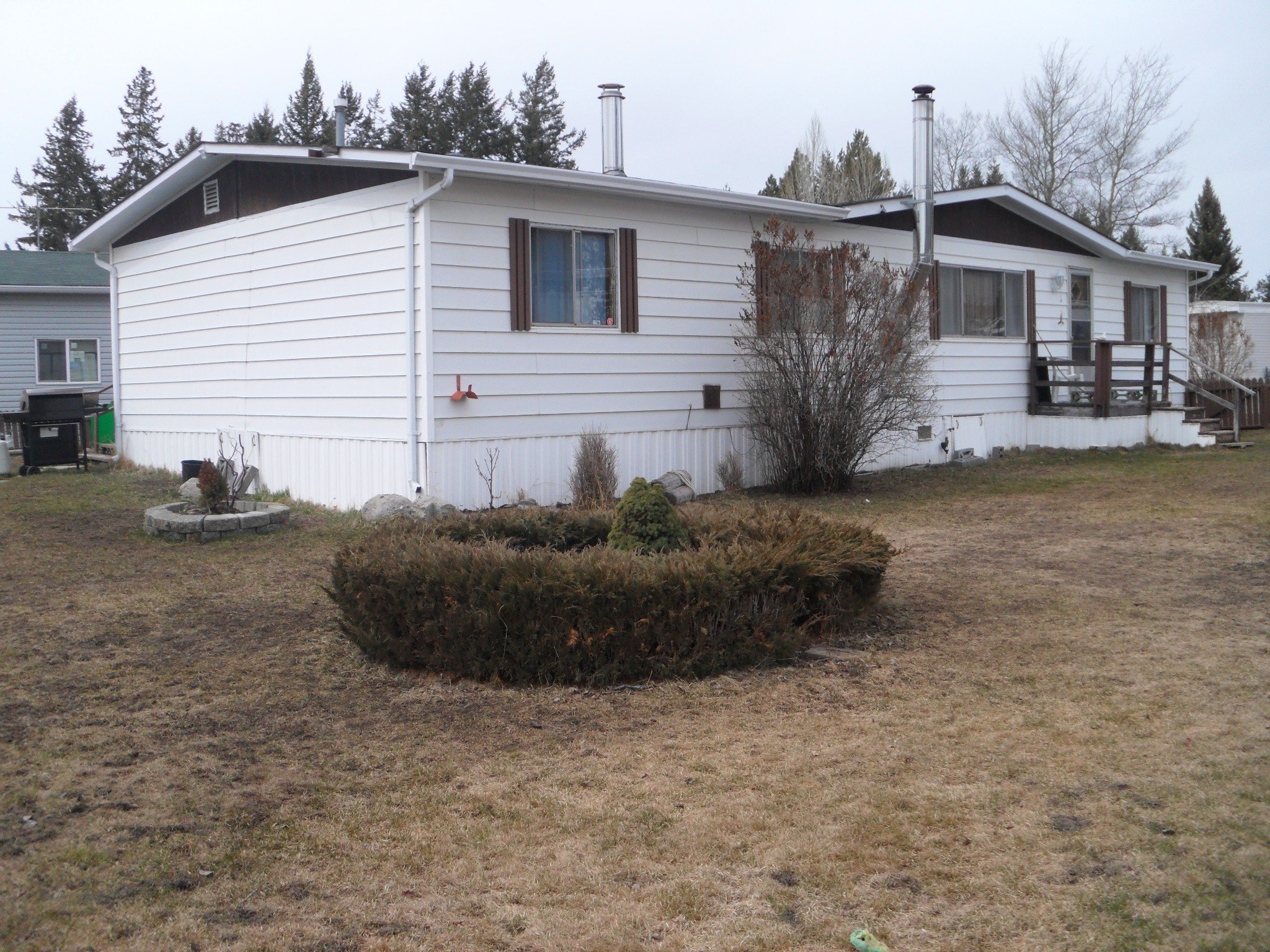 Main Photo: 8 Jade Crt: Logan Lake Manufactured Home for sale (kAMLOOPS)  : MLS®# 145231