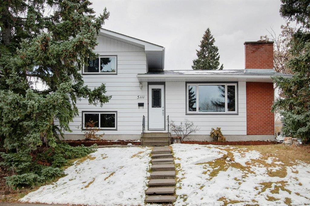Main Photo: 5111 Veronica Road NW in Calgary: Varsity Detached for sale : MLS®# A1045556