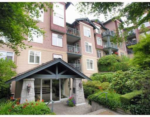 "Main Photo: # 305 1144 STRATHAVEN DR in North Vancouver: Northlands Condo for sale in ""STRATHAVEN"" : MLS®# V776036"