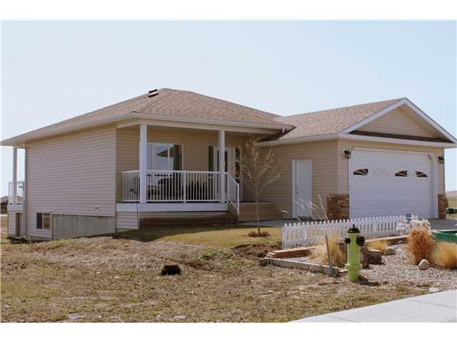 Main Photo: 2020 31st Avenue: Nanton Residential Detached Single Family for sale : MLS®# C3614315