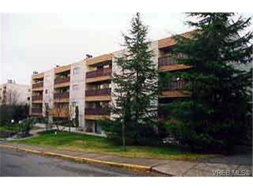 Main Photo: 419 3255 Glasgow Avenue in VICTORIA: SE Quadra Condo Apartment for sale (Saanich East)  : MLS®# 129637