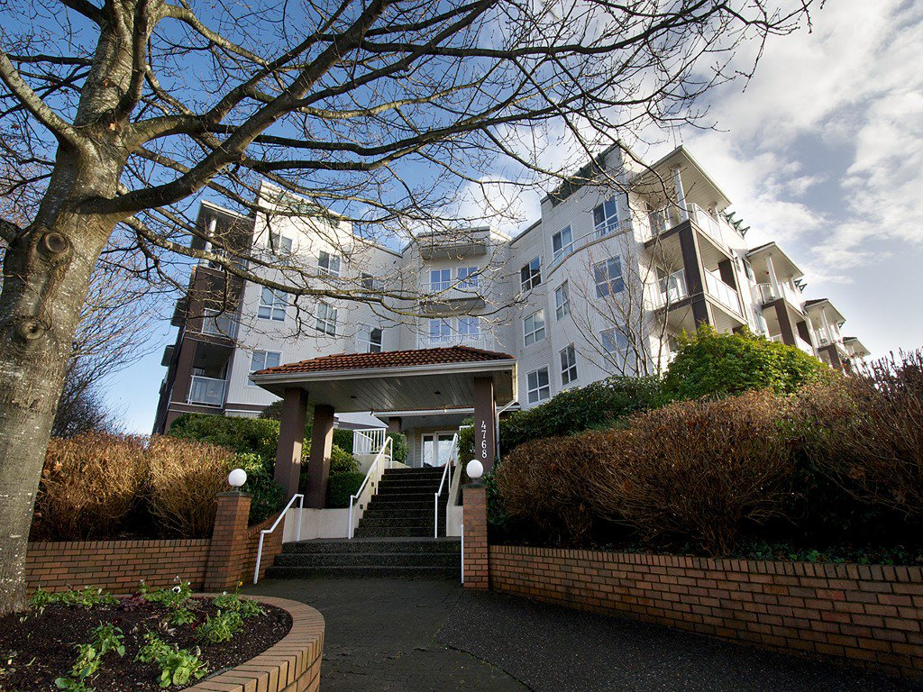 "Main Photo: 308 4768 53RD Street in Ladner: Delta Manor Condo for sale in ""SUNNINGDALE IV"" : MLS®# V1096503"