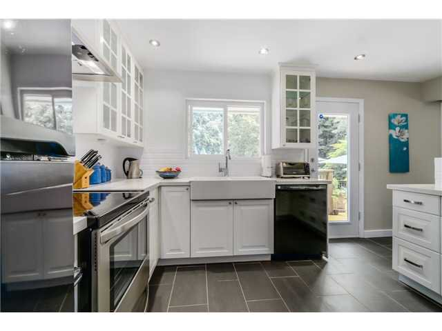 "Photo 3: Photos: 1361 E 15TH Street in North Vancouver: Westlynn House for sale in ""WESTLYNN"" : MLS®# V1129244"