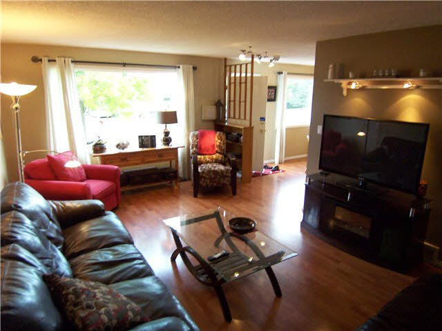 """Photo 2: Photos: 4215 MORGAN Crescent in PRINCE GRG: Pinewood House for sale in """"PINEWOOD"""" (PG City West (Zone 71))  : MLS®# N248265"""
