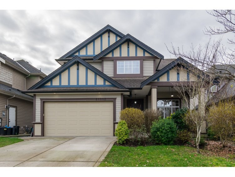 Main Photo: 21082 83B Avenue in Langley: Willoughby Heights House for sale : MLS®# R2038203