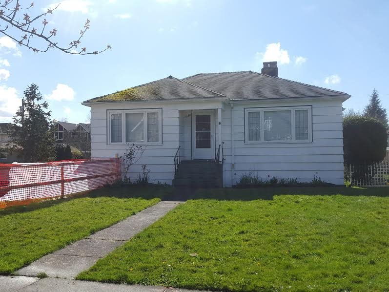 Photo 1: Photos: 2556 W 16TH Avenue in Vancouver: Arbutus House for sale (Vancouver West)  : MLS®# R2050349