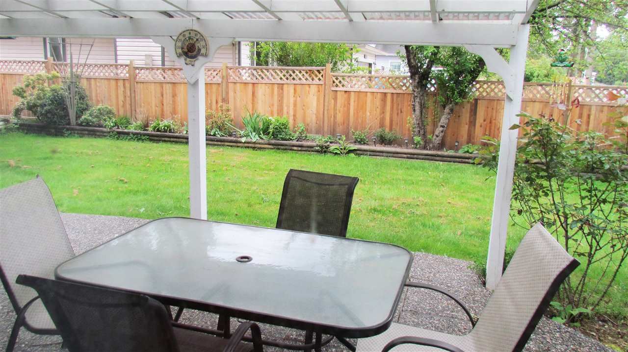 Photo 11: Photos: 21612 50 Avenue in Langley: Murrayville House for sale : MLS®# R2062310