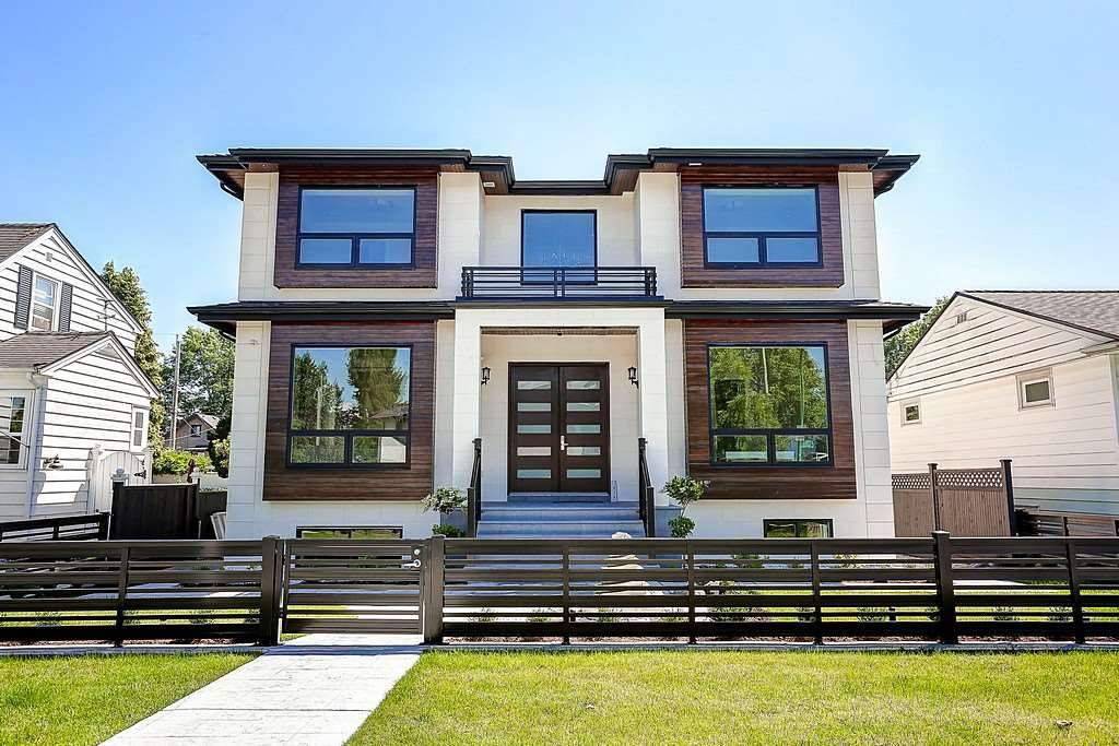 Main Photo: 3950 ETON Street in Burnaby: Vancouver Heights House for sale (Burnaby North)  : MLS®# R2084203