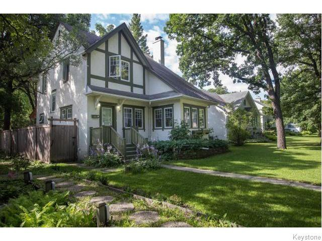 Photo 1: Photos: 274 Ashland Avenue in Winnipeg: Riverview Residential for sale (1A)  : MLS®# 1620228