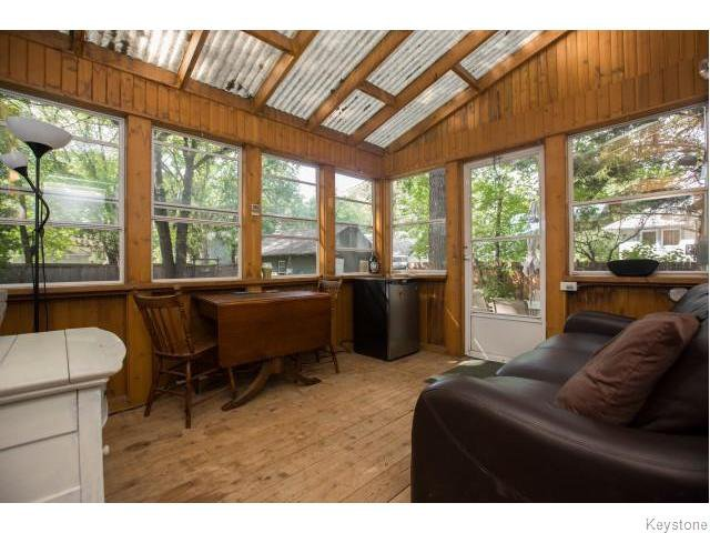 Photo 13: Photos: 274 Ashland Avenue in Winnipeg: Riverview Residential for sale (1A)  : MLS®# 1620228