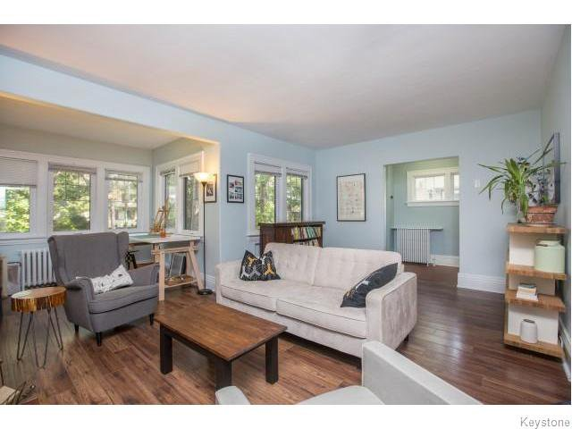 Photo 2: Photos: 274 Ashland Avenue in Winnipeg: Riverview Residential for sale (1A)  : MLS®# 1620228