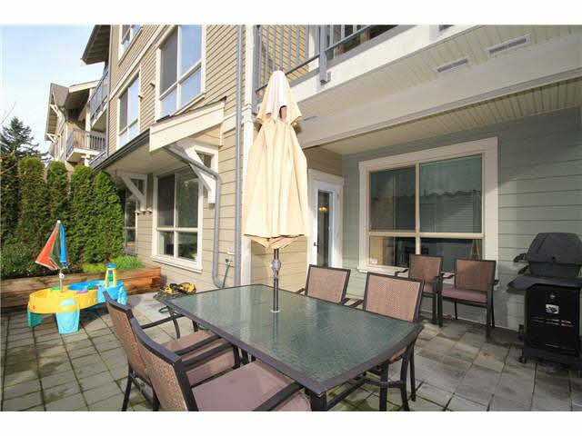 Main Photo: 108 3895 SANDELL STREET in : Central Park BS Condo for sale : MLS®# V954283