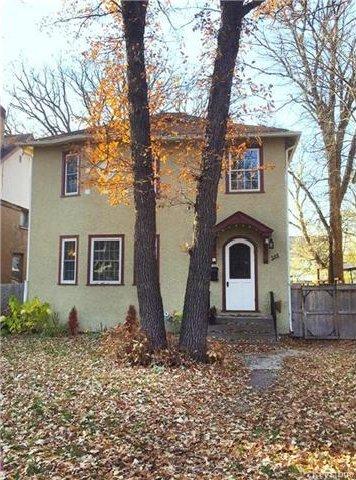 Main Photo: 355 Oak Street in Winnipeg: River Heights North Residential for sale (1C)  : MLS®# 1708504