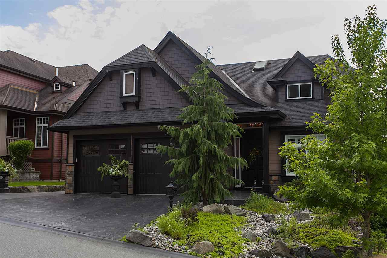 "Main Photo: 34 3800 GOLF COURSE Drive in Abbotsford: Abbotsford East House for sale in ""GOLF COURSE DRIVE"" : MLS®# R2176267"