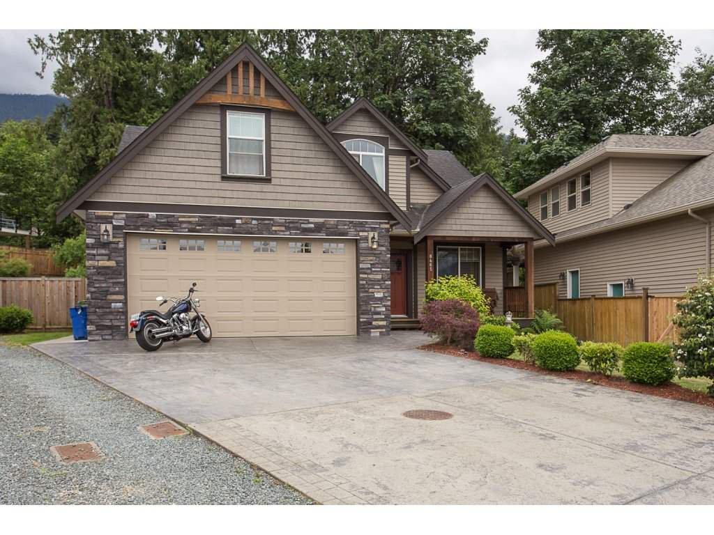 Main Photo: 8465 BRADSHAW PLACE in Chilliwack: Eastern Hillsides House for sale : MLS®# R2177262