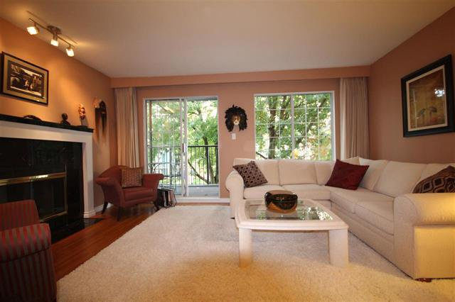Main Photo: #203-925 W 15TH AV in VANCOUVER: Fairview VW Condo for sale (Vancouver West)  : MLS®# R2214676