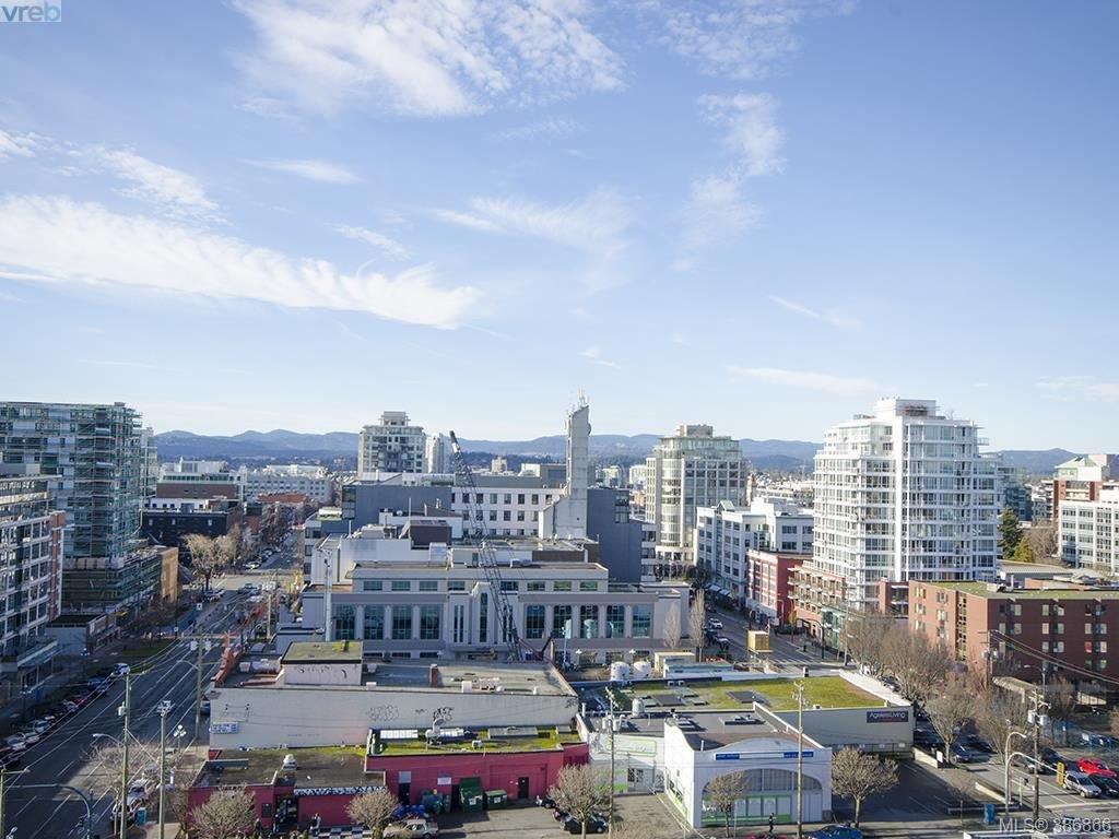 Main Photo: 1207 930 Yates St in VICTORIA: Vi Downtown Condo Apartment for sale (Victoria)  : MLS®# 777401