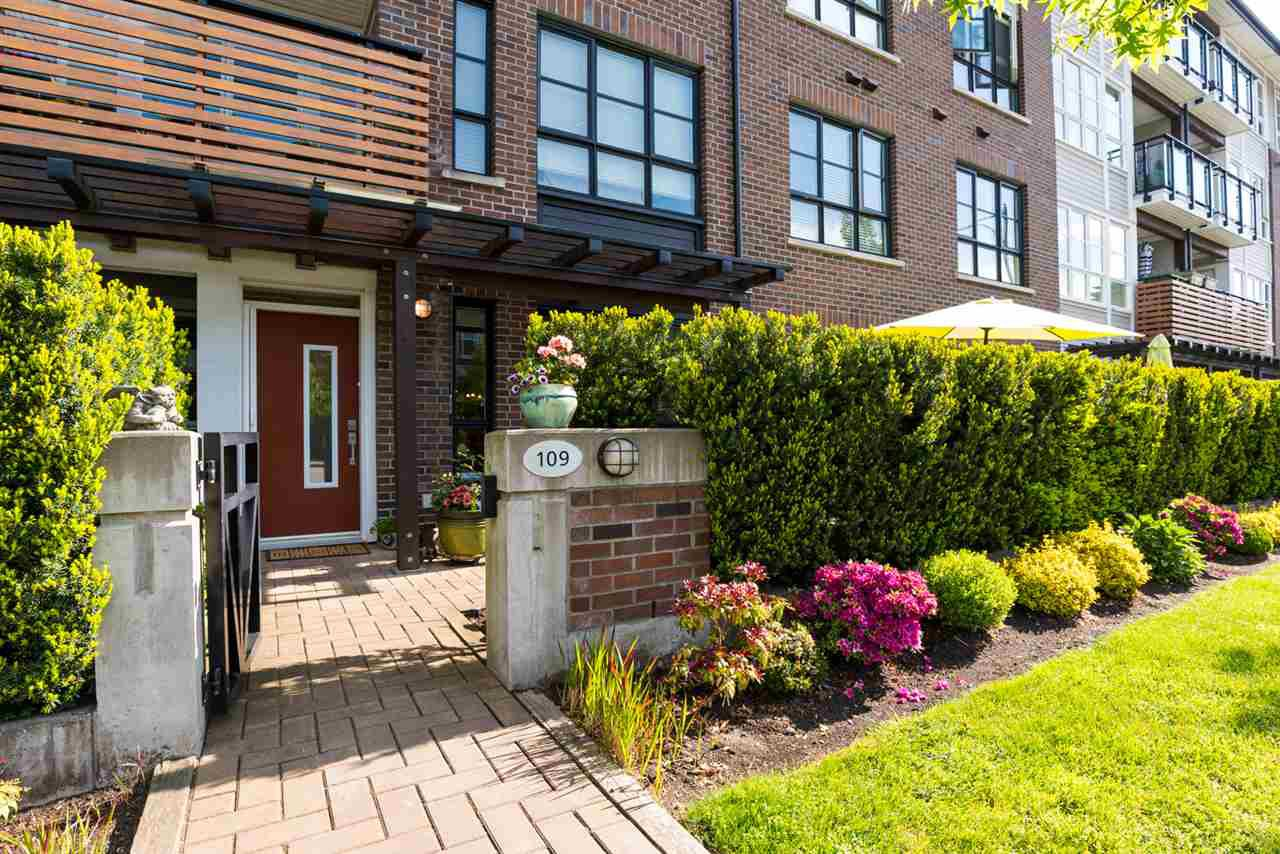 """Main Photo: 109 23215 BILLY BROWN Road in Langley: Fort Langley Condo for sale in """"WATERFRONT AT BEDFORD LANDING"""" : MLS®# R2266675"""