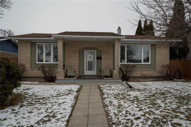 Main Photo: 172 Larche Avenue West in Winnipeg: West Transcona Residential for sale (3L)  : MLS®# 1830958