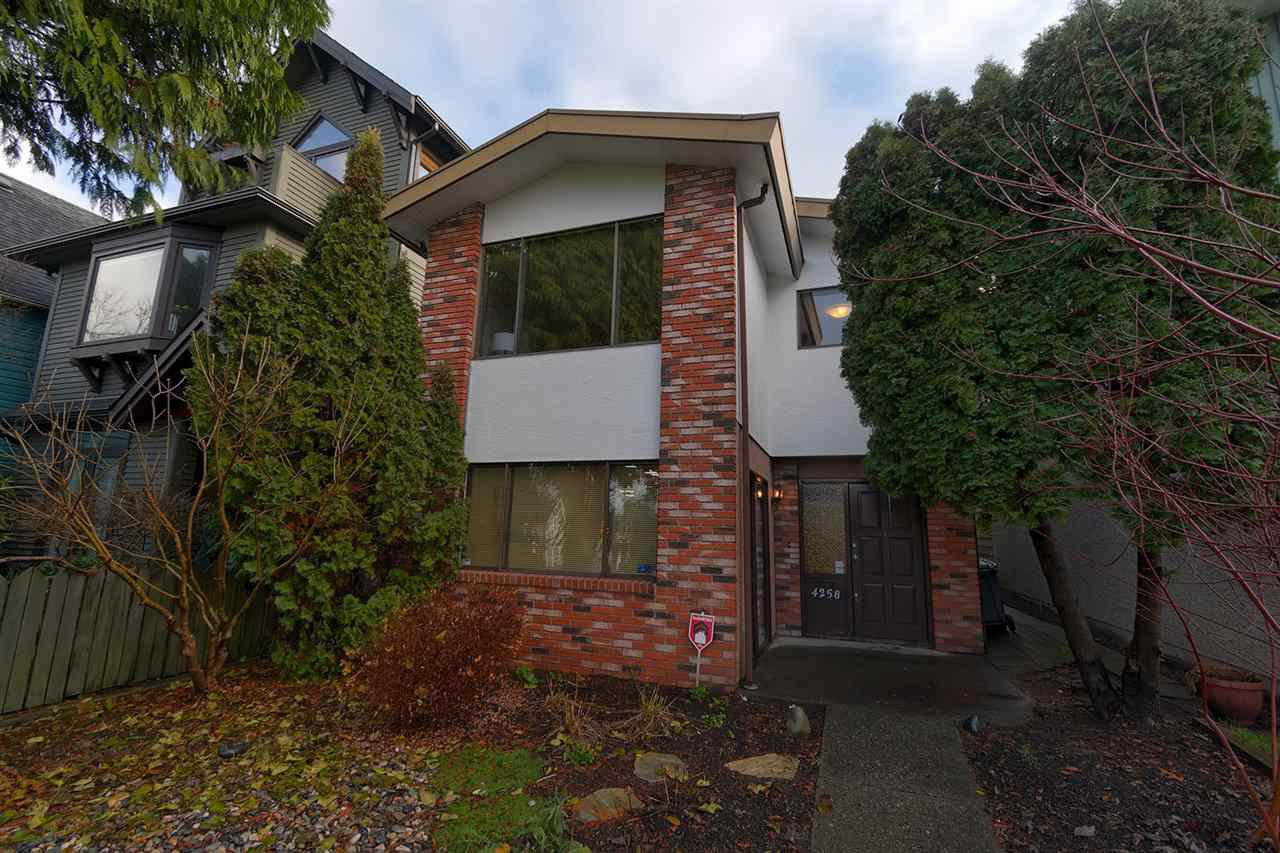 Main Photo: 4258 ONTARIO Street in Vancouver: Main House for sale (Vancouver East)  : MLS®# R2327843