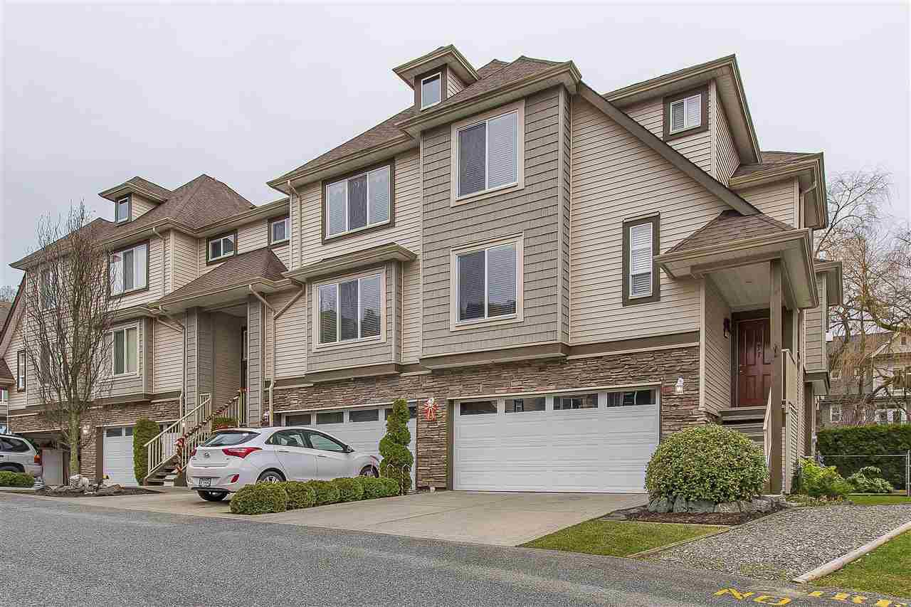 """Main Photo: 11 46778 HUDSON Road in Sardis: Promontory Townhouse for sale in """"COBBLESTONE"""" : MLS®# R2329567"""