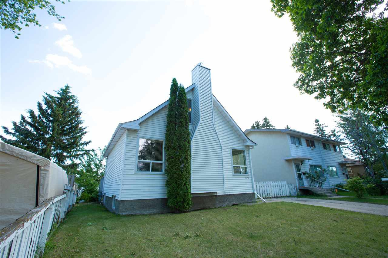 Main Photo: 11817 44 Street in Edmonton: Zone 23 House for sale : MLS®# E4161314