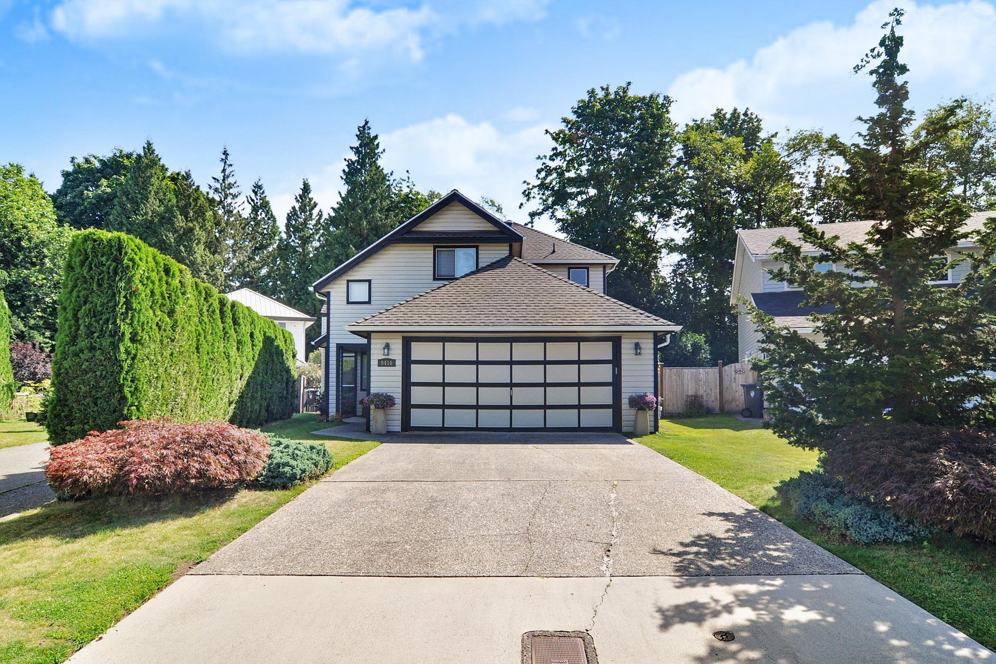 Main Photo: 9416 205B Street in Langley: Walnut Grove House for sale : MLS®# R2391481