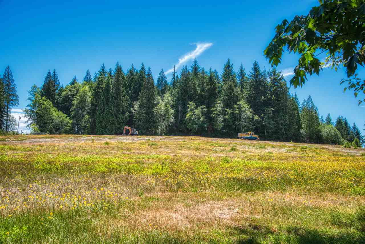 "Photo 5: Photos: LOT 2 CASTLE Road in Gibsons: Gibsons & Area Land for sale in ""KING & CASTLE"" (Sunshine Coast)  : MLS®# R2422341"