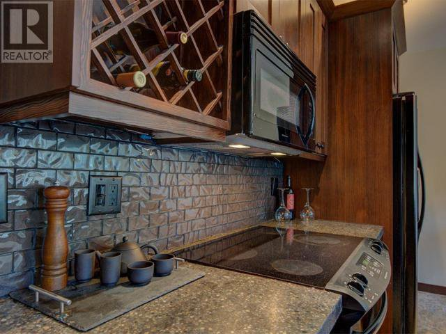 Photo 5: Photos: 16 - 308 CREEKVIEW ROAD in Penticton: House for sale : MLS®# 181333