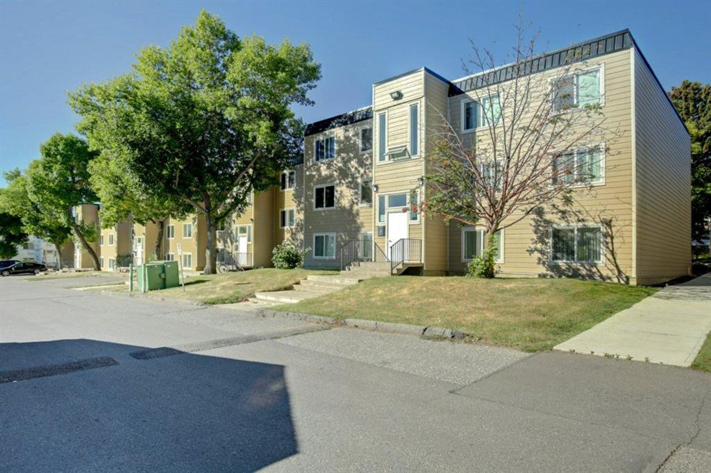 Main Photo: 209 315 HERITAGE Drive SE in Calgary: Acadia Apartment for sale : MLS®# A1033395