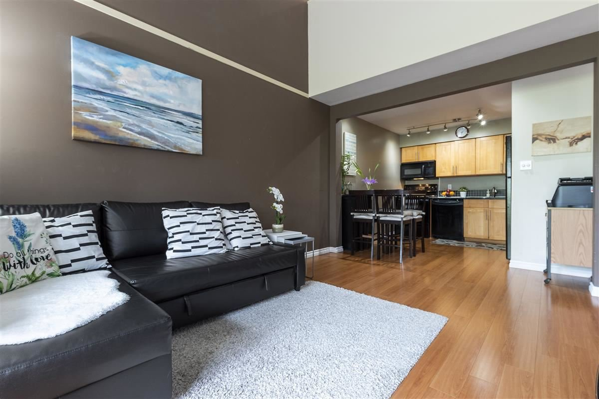 "Main Photo: 220 1202 LONDON Street in New Westminster: West End NW Condo for sale in ""LONDON PLACE"" : MLS®# R2505232"