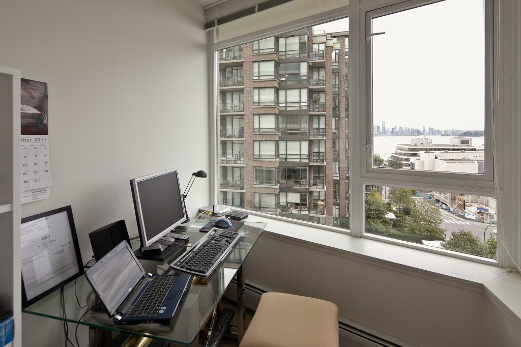 """Photo 10: Photos: 604 175 W 2ND Street in North Vancouver: Lower Lonsdale Condo for sale in """"VENTANA"""" : MLS®# V912477"""