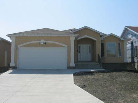 Main Photo: 1154 McLeod Ave.: Residential for sale (Oakwood Estates)  : MLS®# 2808673