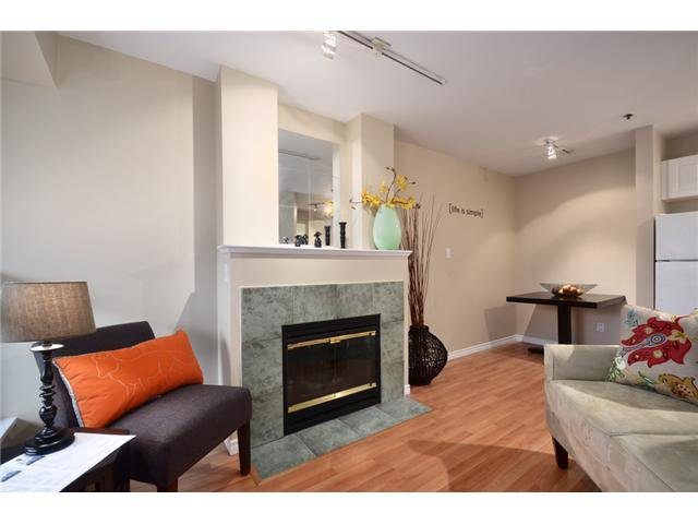 Main Photo: 307 2025 STEPHENS Street in Vancouver: Kitsilano Condo for sale (Vancouver West)  : MLS®# V980247