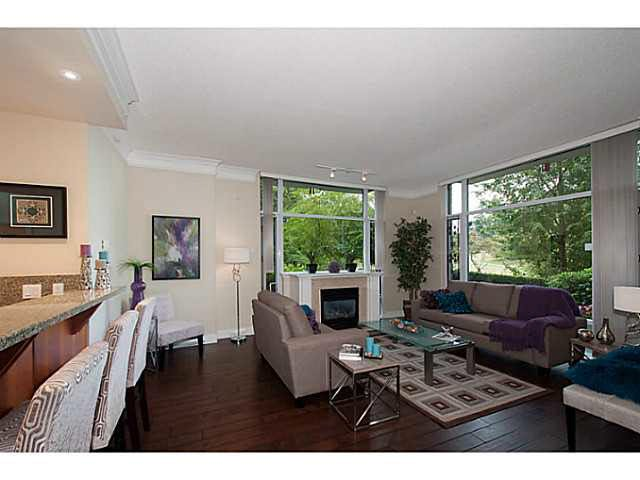 """Photo 2: Photos: 109 4759 VALLEY Drive in Vancouver: Quilchena Condo for sale in """"MARGUERITE HOUSE"""" (Vancouver West)  : MLS®# V1105399"""