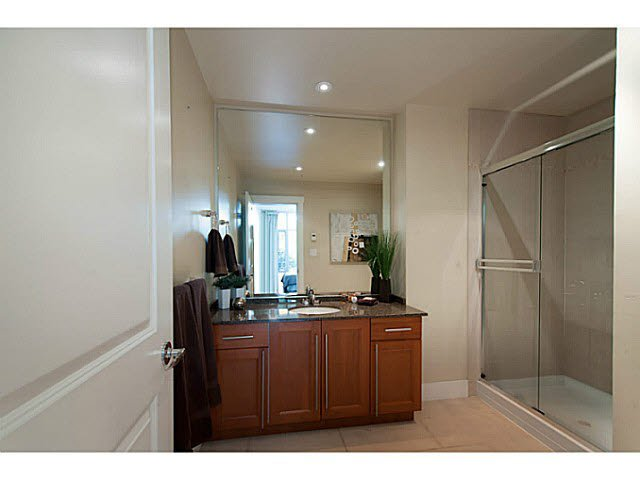 """Photo 13: Photos: 109 4759 VALLEY Drive in Vancouver: Quilchena Condo for sale in """"MARGUERITE HOUSE"""" (Vancouver West)  : MLS®# V1105399"""