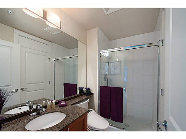 """Photo 11: Photos: 109 4759 VALLEY Drive in Vancouver: Quilchena Condo for sale in """"MARGUERITE HOUSE"""" (Vancouver West)  : MLS®# V1105399"""