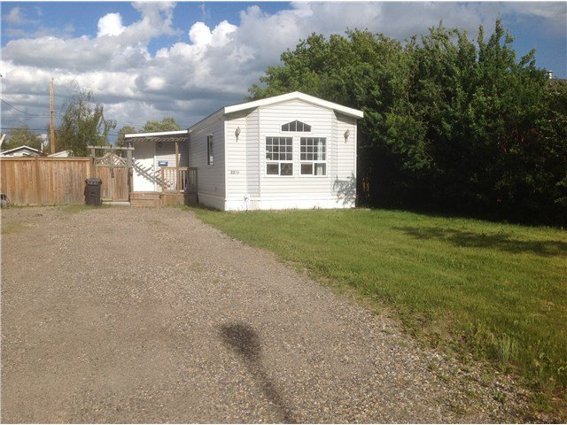 Main Photo: 8819 77TH Street in Fort St. John: Fort St. John - City SE Manufactured Home for sale (Fort St. John (Zone 60))  : MLS®# N243217