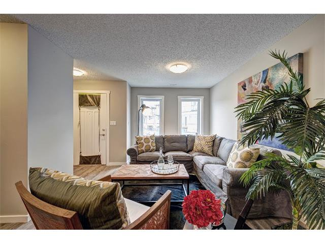 Main Photo: 412 50 Westland Road: Okotoks House for sale : MLS®# C4006490