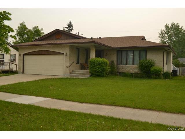 Main Photo: 643 Isbister Street in WINNIPEG: Westwood / Crestview Residential for sale (West Winnipeg)  : MLS®# 1515620