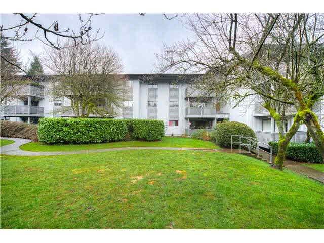 "Main Photo: 328 204 WESTHILL Place in Port Moody: College Park PM Condo for sale in ""WESTHILL PLACE"" : MLS®# V1134690"