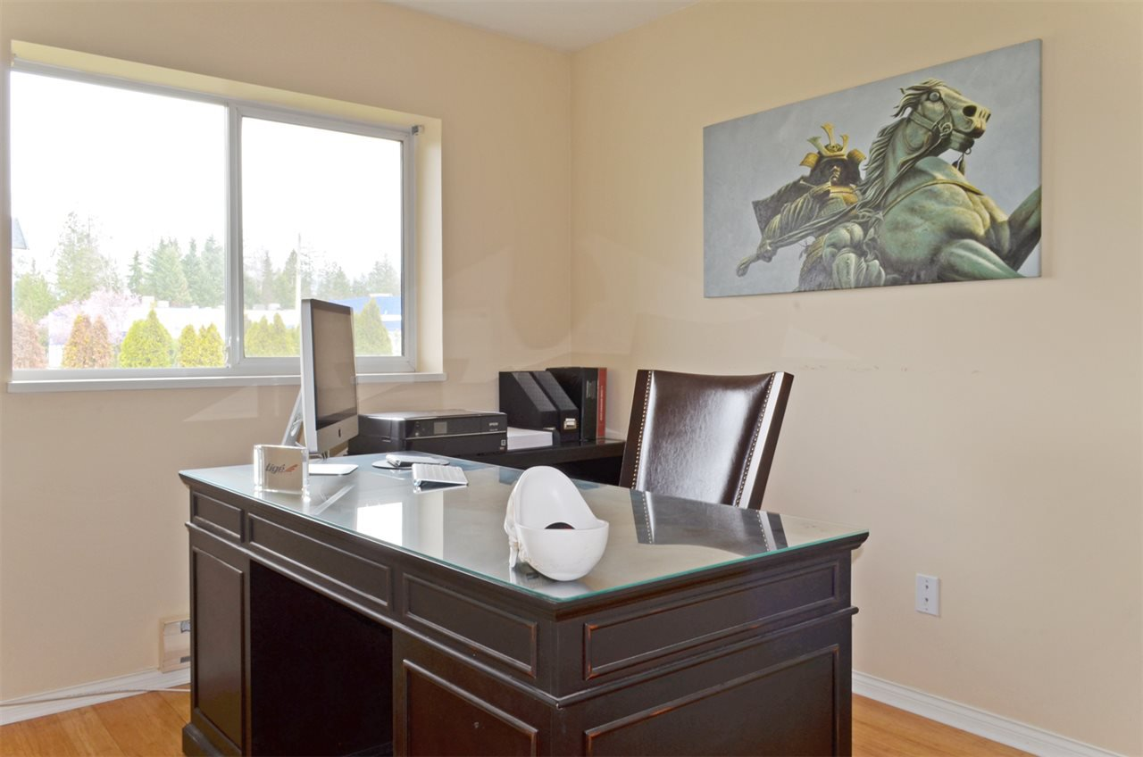 Photo 15: Photos: 20445 120B Avenue in Maple Ridge: Northwest Maple Ridge House for sale : MLS®# R2046322