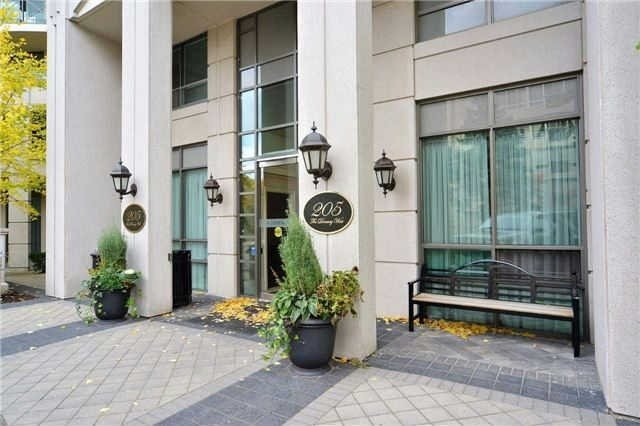 Main Photo: 111 205 W The Donway Way in Toronto: Banbury-Don Mills Condo for sale (Toronto C13)  : MLS®# C3452671