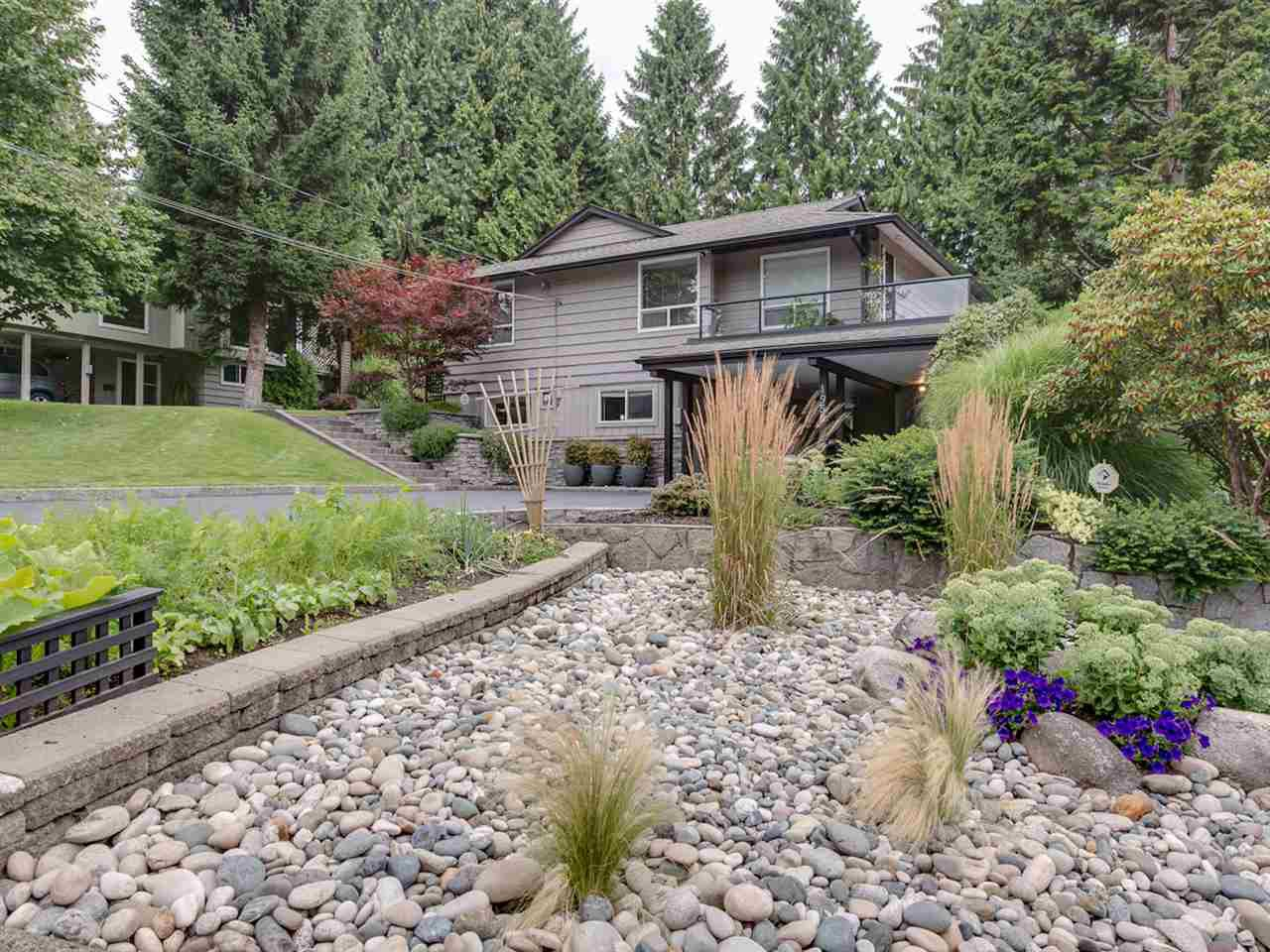 Photo 1: Photos: 1959 ALDERLYNN Drive in North Vancouver: Westlynn House for sale : MLS®# R2094199