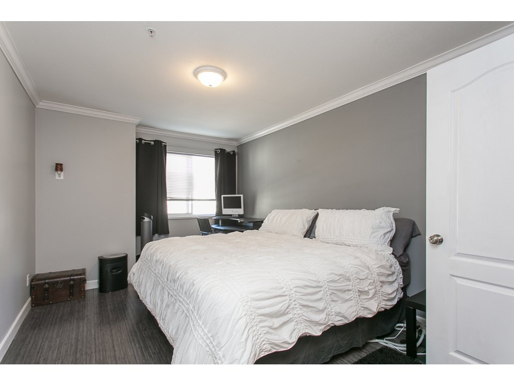 "Photo 11: Photos: 313 33728 KING Road in Abbotsford: Poplar Condo for sale in ""College Park Place"" : MLS®# R2107652"