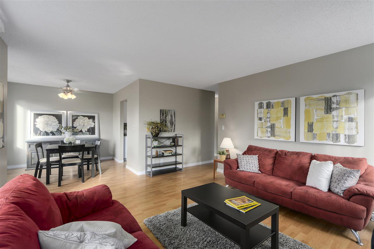 "Main Photo: 101 1720 SOUTHMERE Crescent in Surrey: Sunnyside Park Surrey Condo for sale in ""Spinnaker 1"" (South Surrey White Rock)  : MLS®# R2122154"