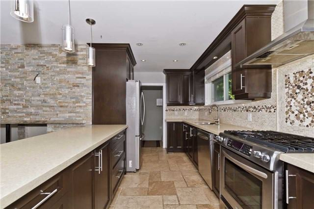 Photo 5: Photos: 1359 Willowdown Road in Oakville: Bronte East House (Bungalow) for lease : MLS®# W3835383