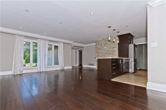 Photo 7: Photos: 1359 Willowdown Road in Oakville: Bronte East House (Bungalow) for lease : MLS®# W3835383
