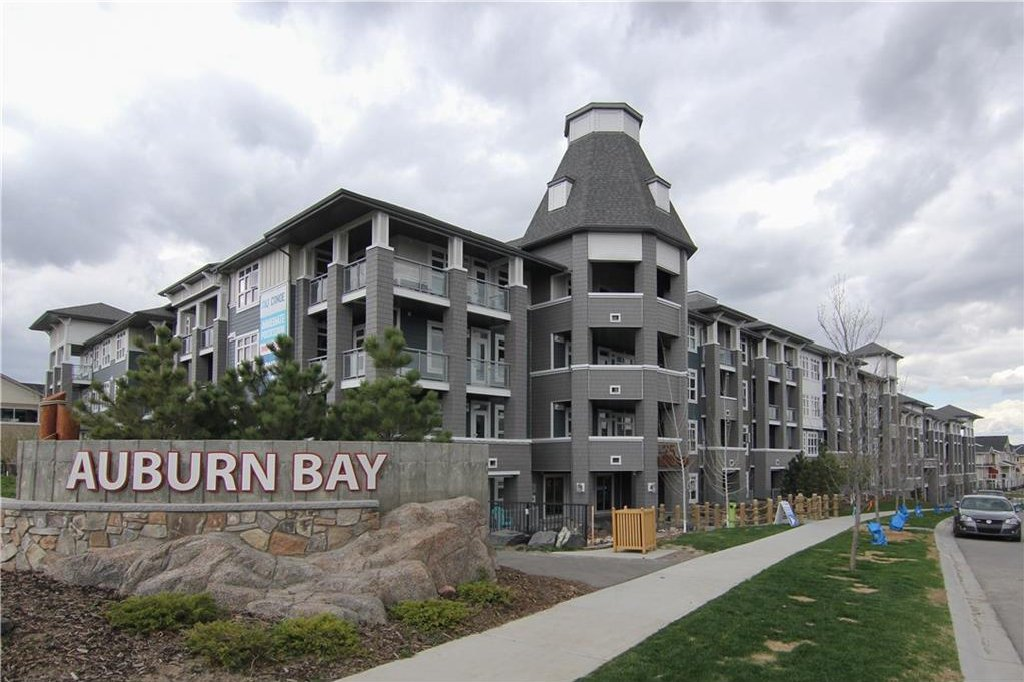 Main Photo: 126 25 Auburn Meadows Avenue SE in Calgary: Auburn Bay Condo for sale : MLS®# C4136122