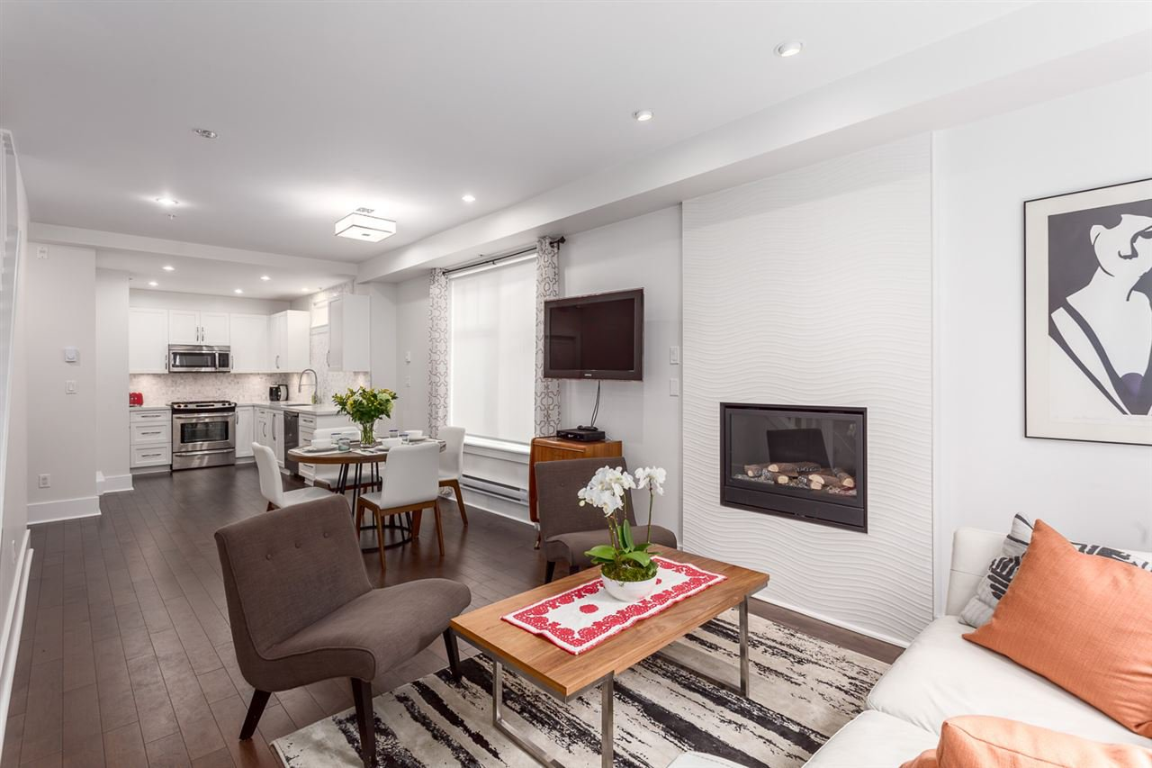 """Main Photo: 331 E 7TH Avenue in Vancouver: Mount Pleasant VE Townhouse for sale in """"ESSENCE"""" (Vancouver East)  : MLS®# R2201974"""
